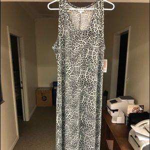 Dani maxi dress-snow leopard! Unicorn!! Xxl